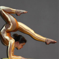 Contortionist Pixie Le Knot bends her way to YCC
